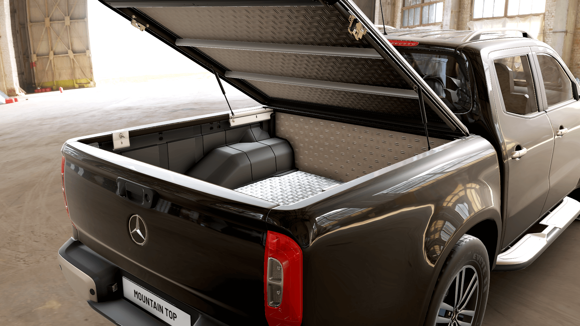 Mountain Top Hard Lid Style pickup truck tonneau cover and alu bedliner