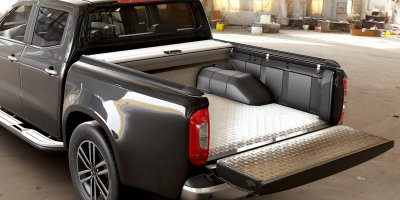 Mountain Top Retractable Roll Cover with Alu Bedliner